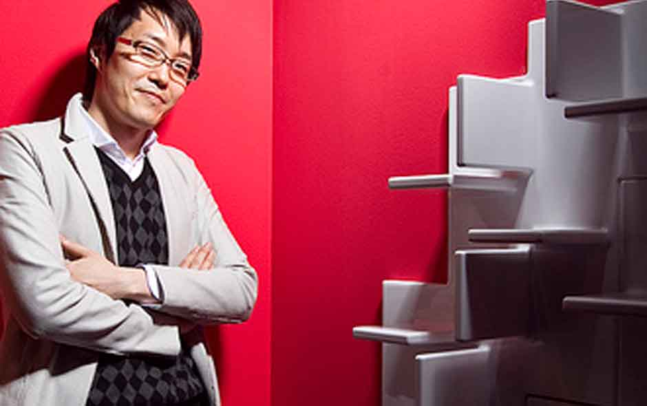 5/8 The cascading Cliff bookcase by Nendo for Kartell.