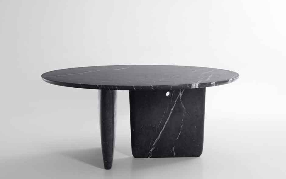 Tobi-Ishi in black Marquinia marble