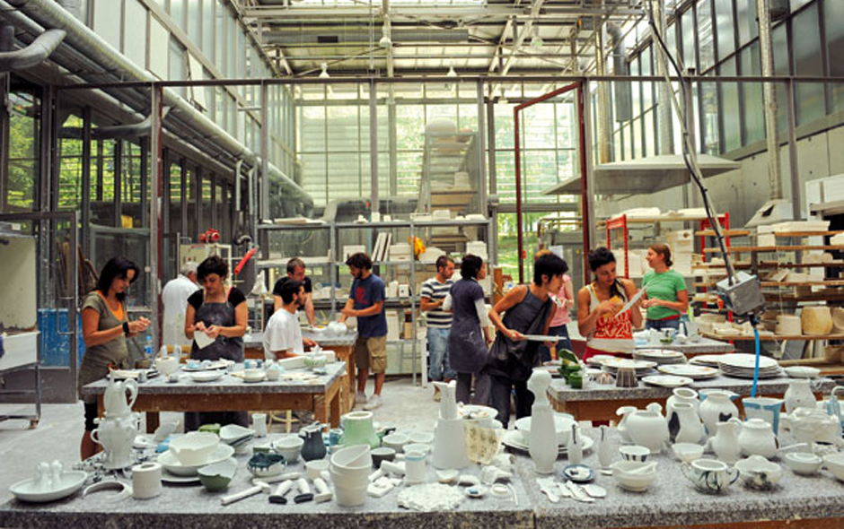 3/5 Sam Baron's 'Porcelain Goes Green' workshop. Photo Deidi von Schaewen.