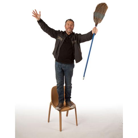 Emeco-Broom-chair016-starck.jpg