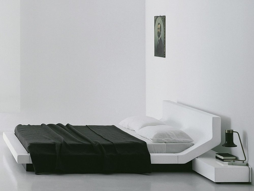 The Lipla bed by Jean-Marie Massaud for Porro.