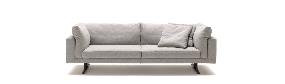The Floyd Hi sofa by Piero Lissoni for Living Divani.