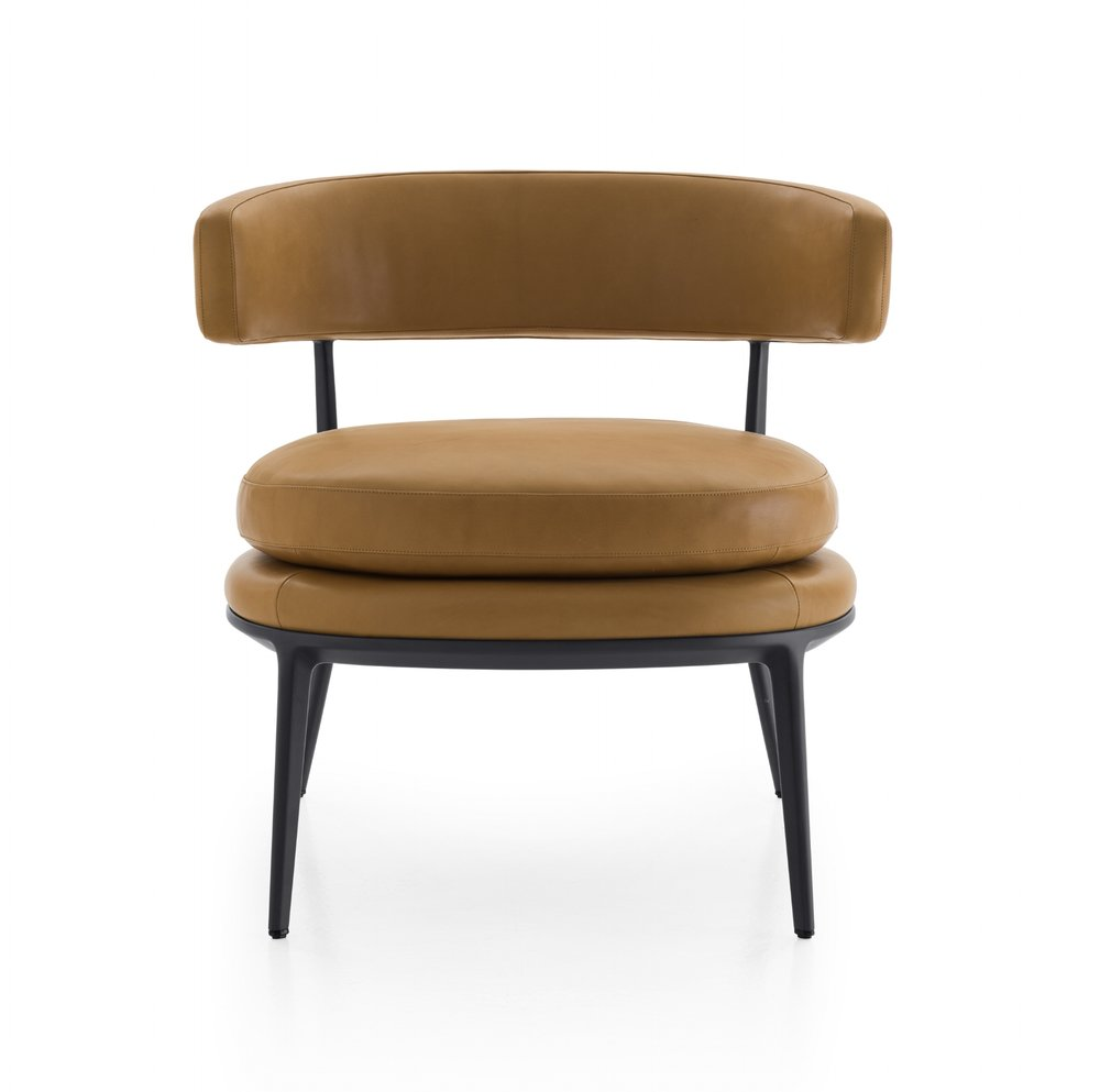 Caratos designed by Antonio Citterio for Maxalto.