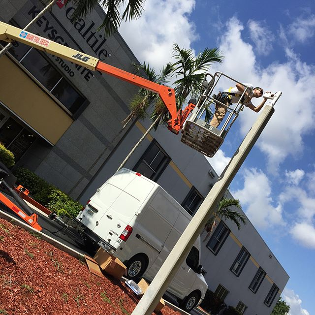Parking Lot Lighting Replacement in Doral Park #doral #miami