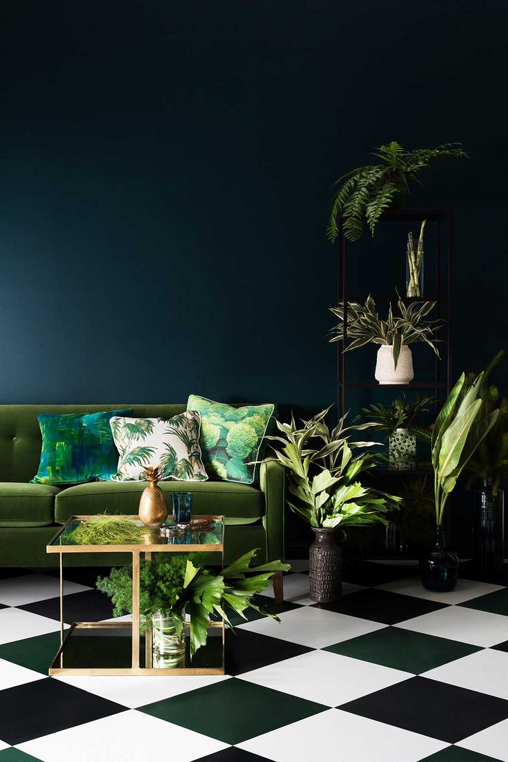 green&white floor