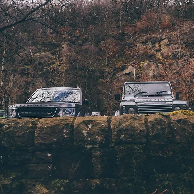Who loves defenders? Go check out our @graydefender account. . . . .#defenderlove #bankholiday #defender #car #neverstopexploring
