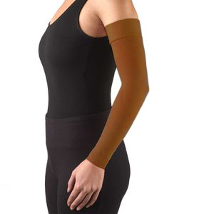Truform, 3326, 20-30 mmHg, Ready-To-Wear, Silicone Dot-Top, Arm Sleeve, Brown