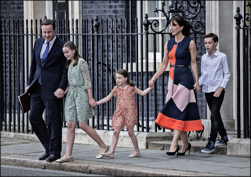 david cameron and family depart downing street for the final time following his resignation as british prime minister