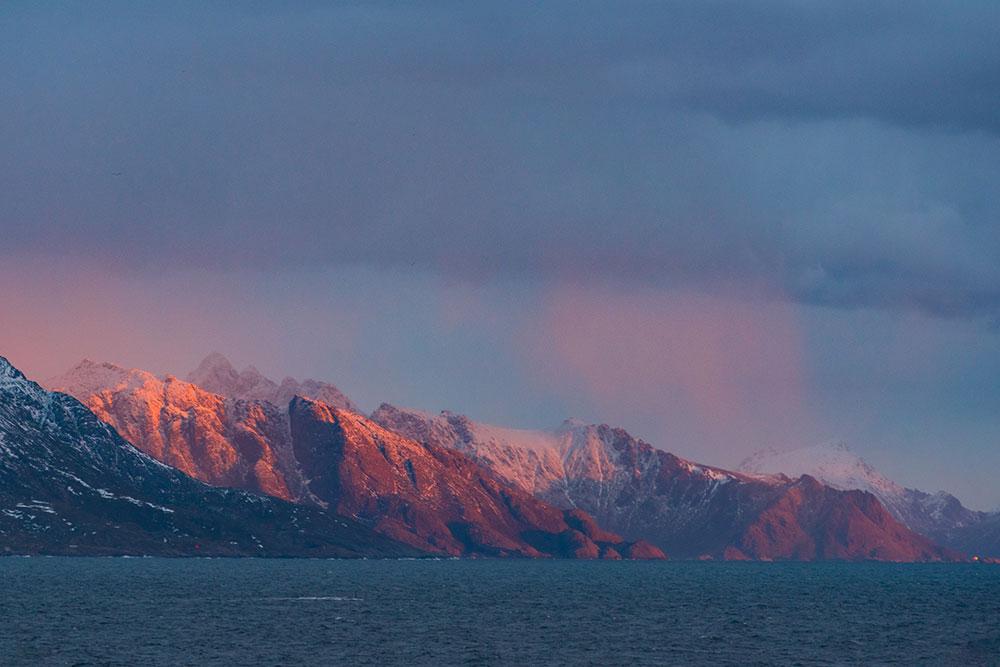 Golden light over Lofoten. Nikon D750, 70-200mm f/2.8, 1/100 sec, f/5.6, ISO 1000
