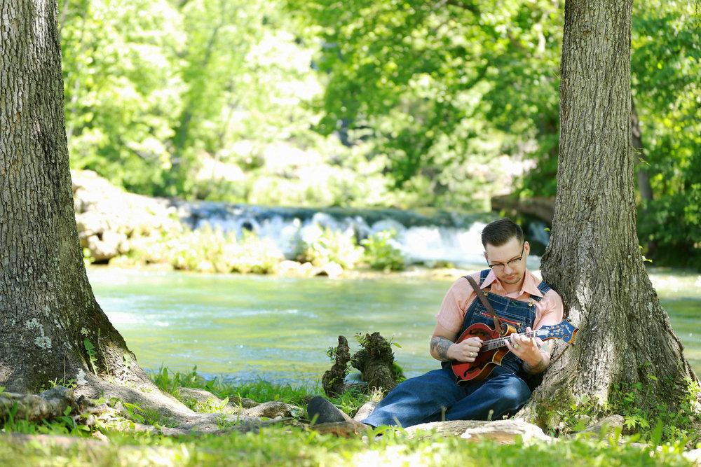 Ozark Mandolin pic2.jpg