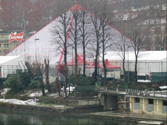 Bud Dome on the River Po