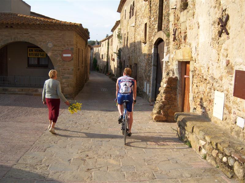 Sun, stone, wine & Spain