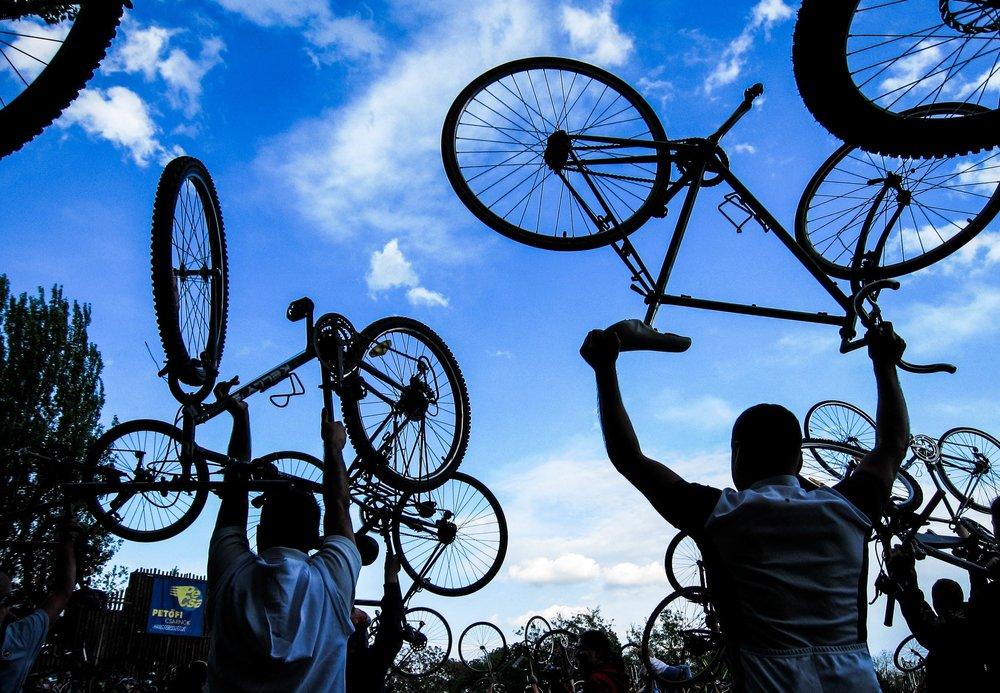 bikes in air.jpg