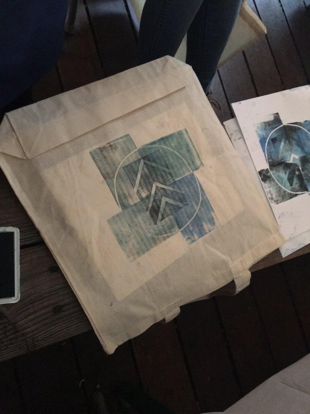 printing on tote bags.JPG