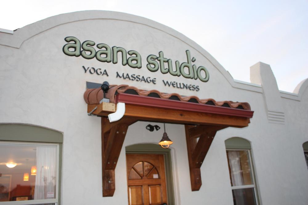 Asana YogaIMG_2727.JPG
