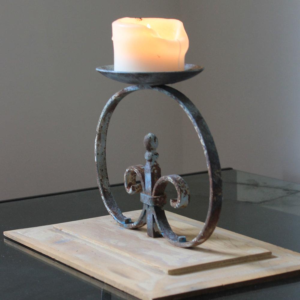 shama-wood-candleholder.2html.jpg