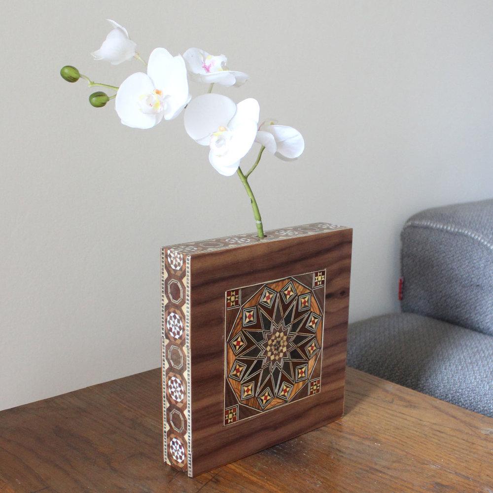 vase1.jpg