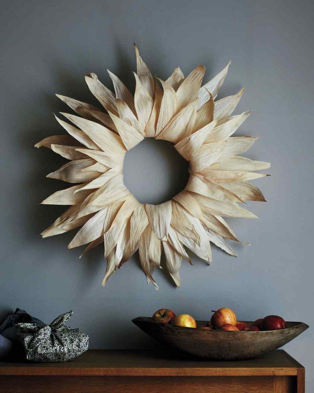 wreath-cornhusk.jpg