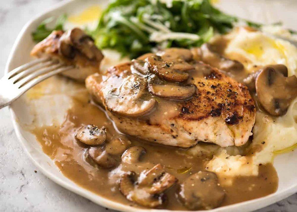 Chicken-in-Mushroom-Gravy-3.jpg