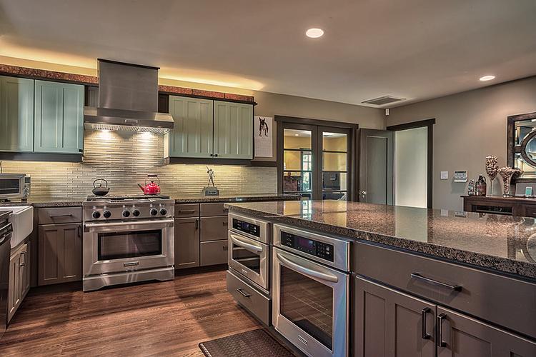 Craftsman Kitchen — MATT LOCKE