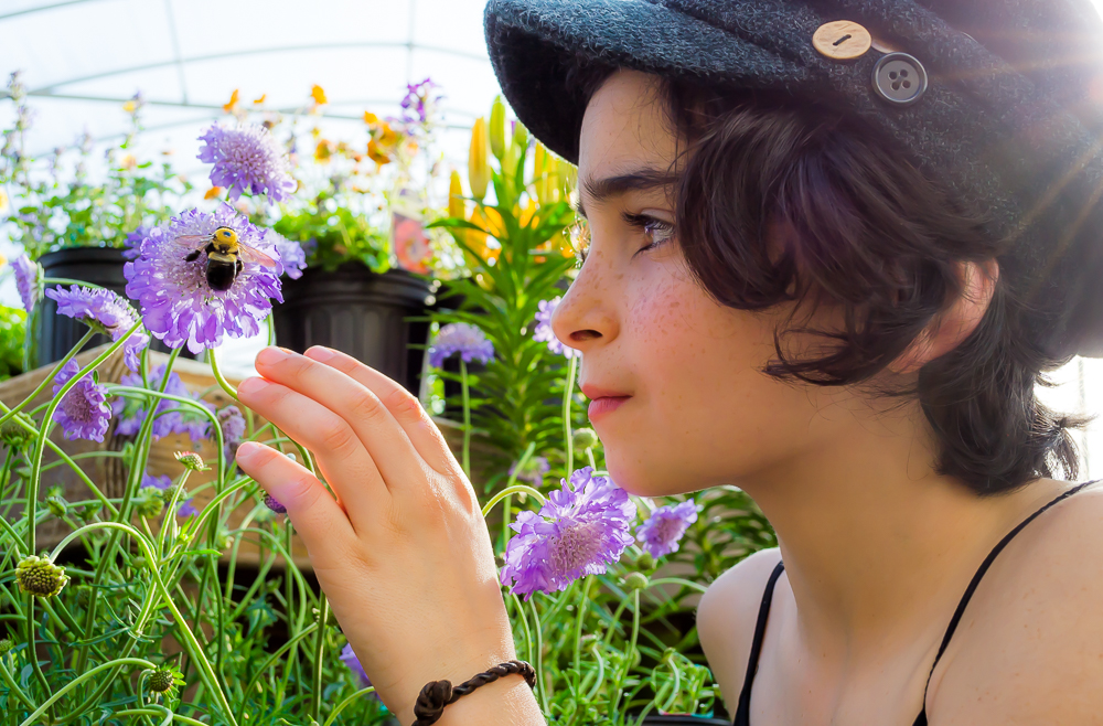 Gaia Bee Charmer