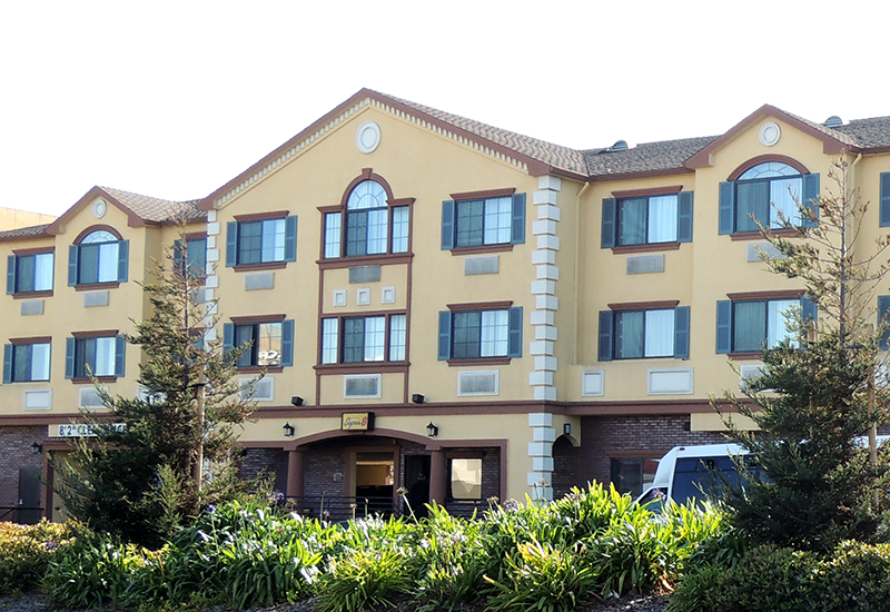 Super-8-Hotel-San-Bruno-1_CLEANED_CROPPED.png