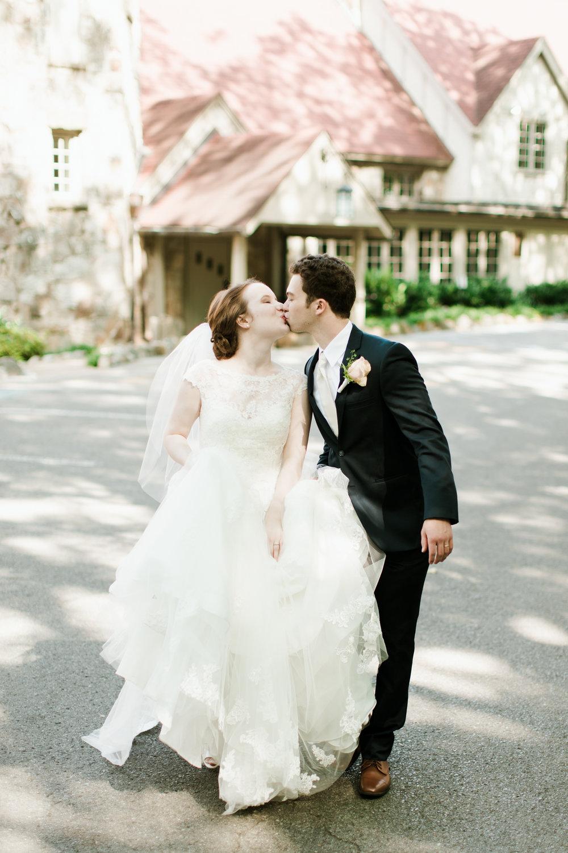 Wedding_AbigailLewis_AbroadWeddings (1 of 1)-10.jpg