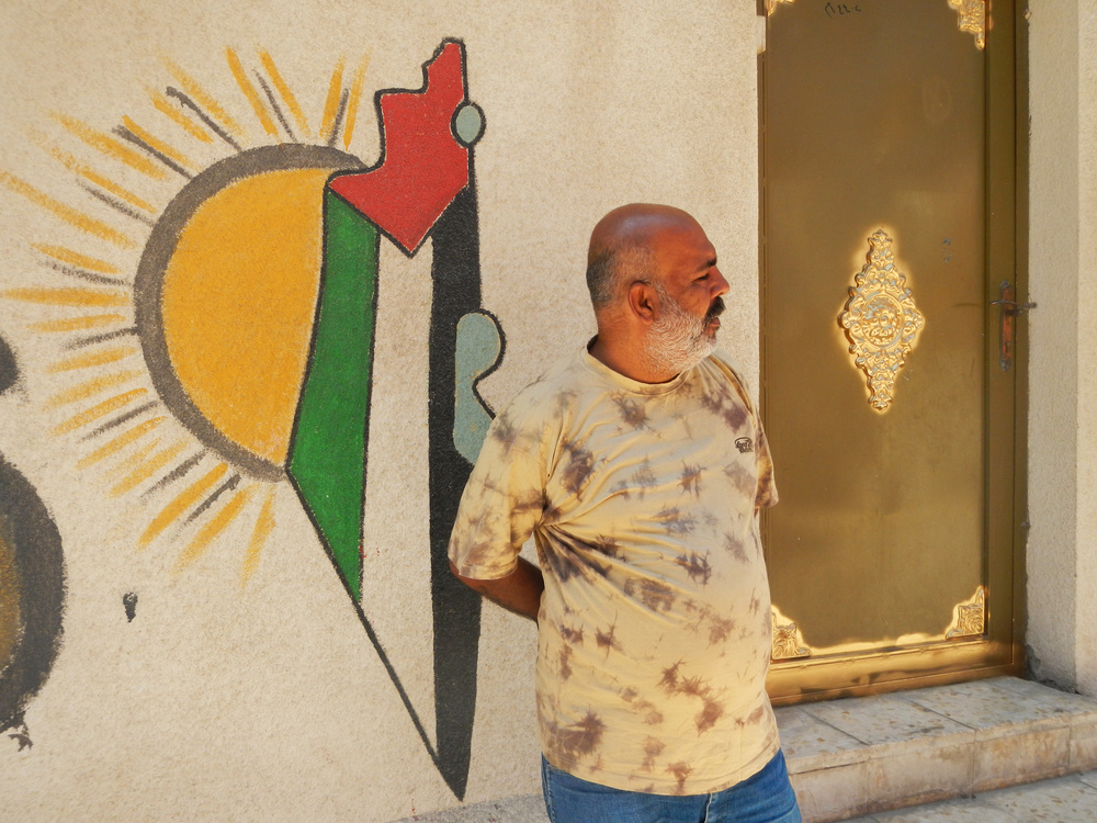 Ahmed Nassar, manager of graffiti in Irbid refugee camp