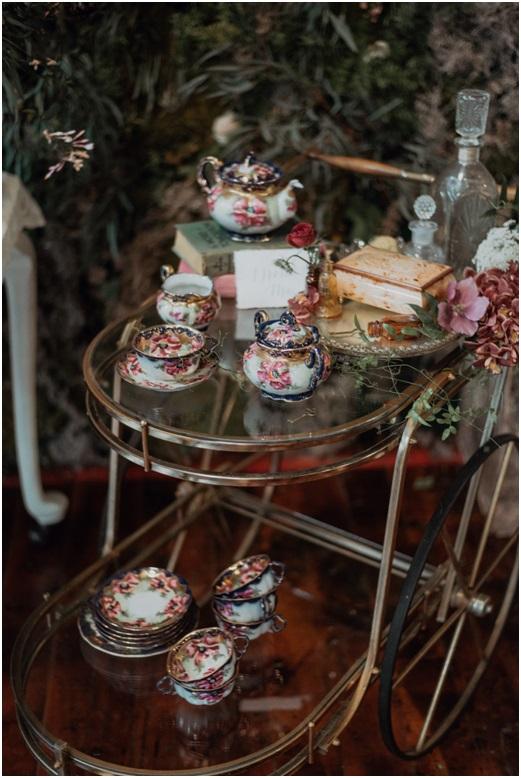 alice-in-wonderland-wedding-photoshoot.jpg