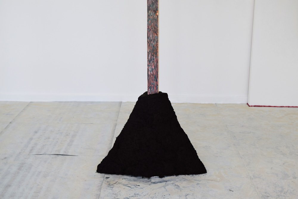 Staddle - Compacted peat, curved wooden painted beam 2015
