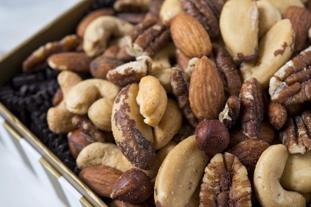 Deluxe Mixed Nuts: Cashews, Almonds, Hazelnuts, pecans