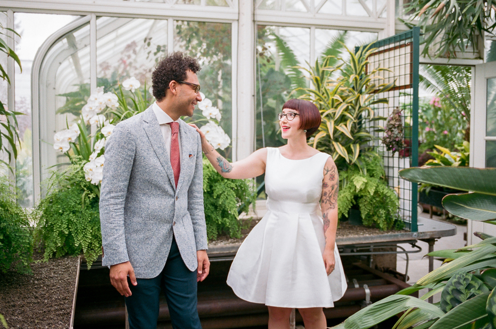 The first look from a Volunteer Park Conservatory elopement in Seattle