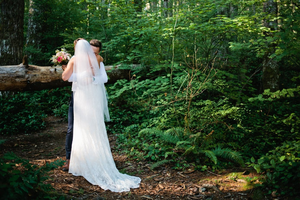 Rattlesnake Lake & Rattlesnake Ledge Wedding Photography by Alexandra Knight Photography