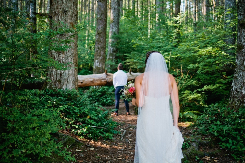 First Look at Rattlesnake Lake - Alexandra Knight Photography