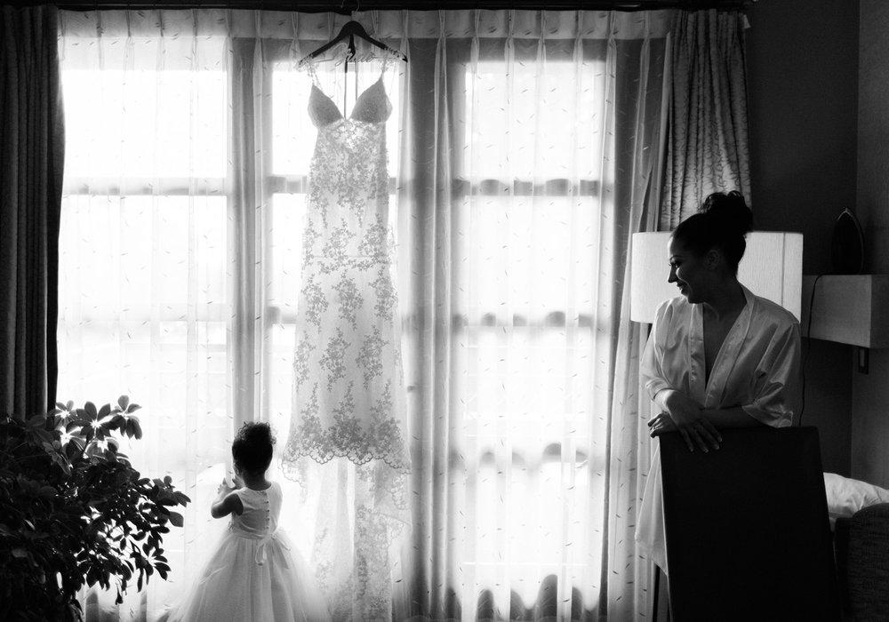 The Bellevue Club Wedding Photography Bride getting ready