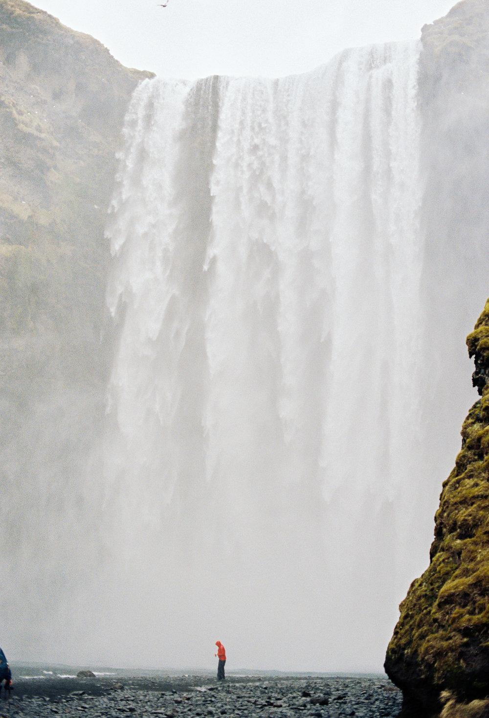 iceland skogafoss tourist waterfall kodak film.jpg