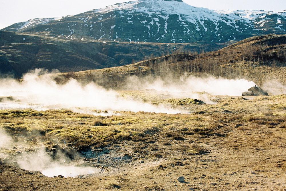 iceland geysir gyser golden circle road.jpg