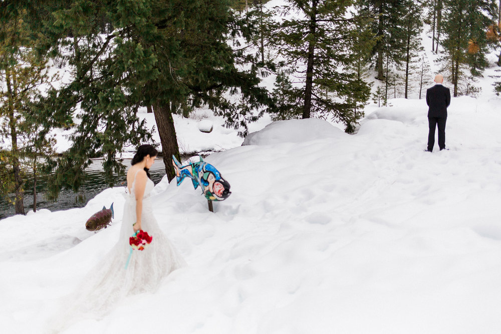 Sleeping Lady Mountain Resort in Leavenworth Winter wedding photography first look