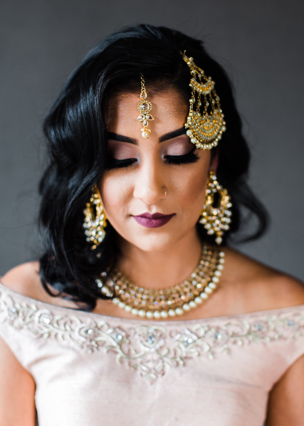 Alexandra Knight Photography Seattle Indian Wedding Photographer bride hair and makeup with gold maang tikka.jpg