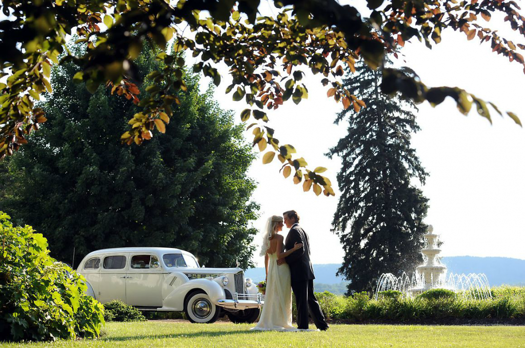 Keswick Vineyards Wedding, Charlottesville Wedding Vehicle, Senior Packard Limousine, Charlottesville Vintage Limousine