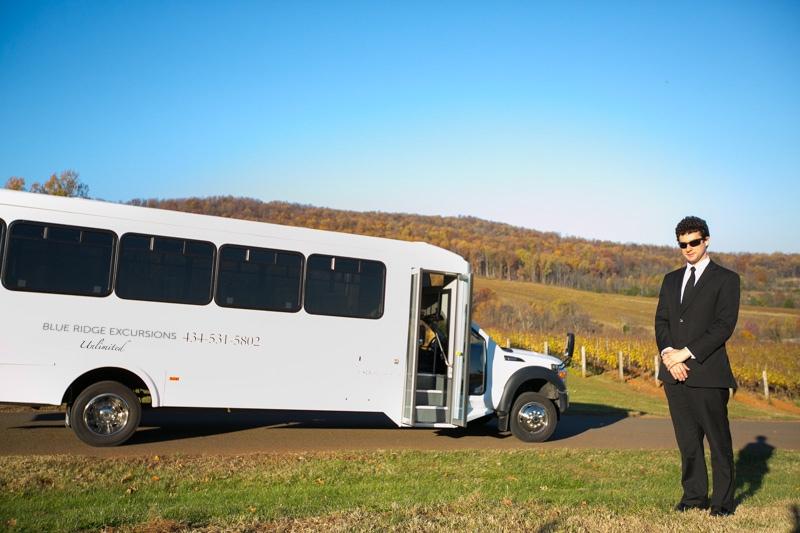 Charlottesville-group-wine-tour