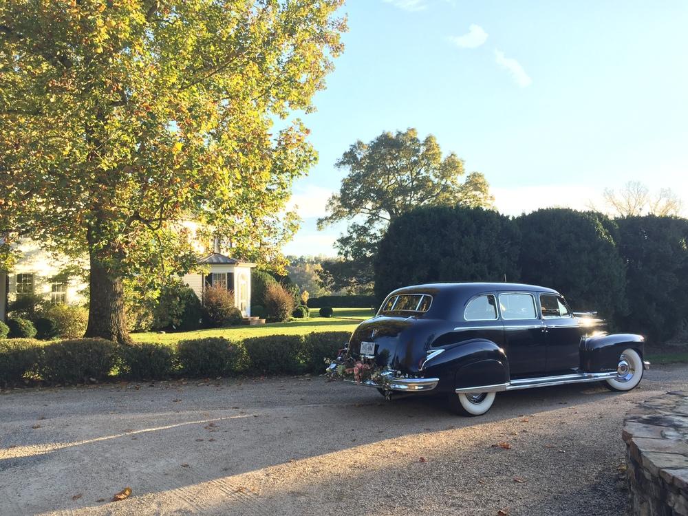 Seven Oaks Farm and Vineyard Wedding Buses