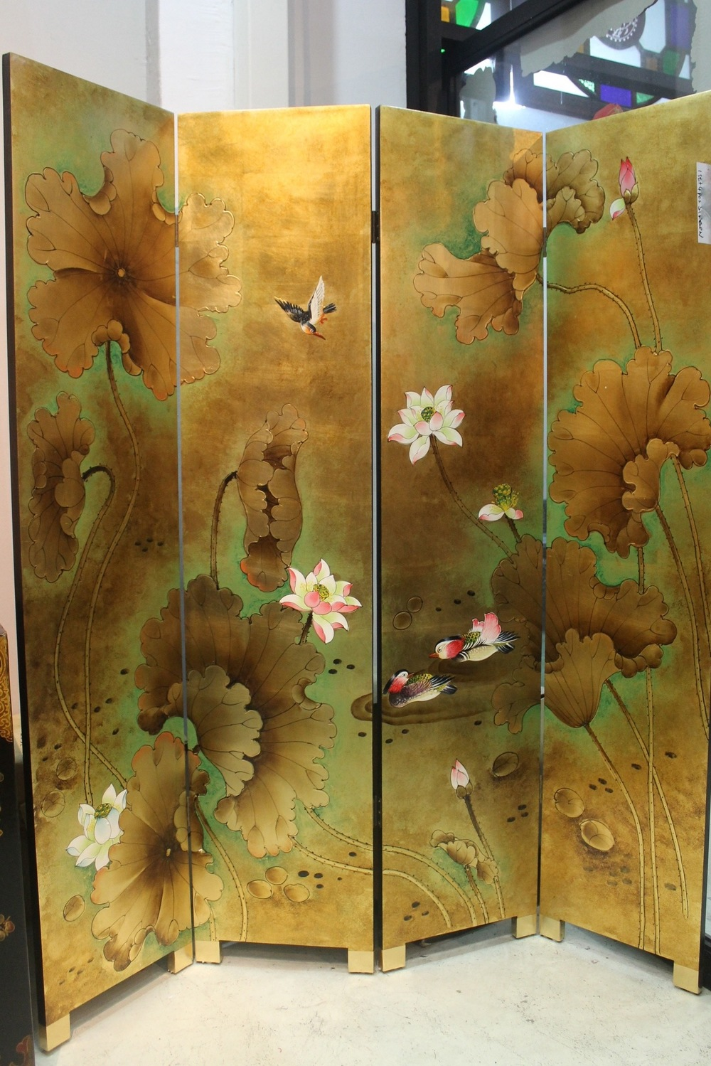 N-028 4-panel screen.jpg