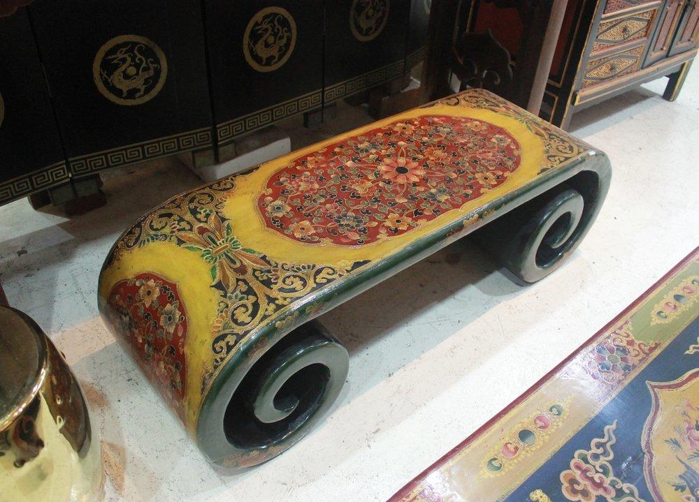 Tibetan-style scroll table