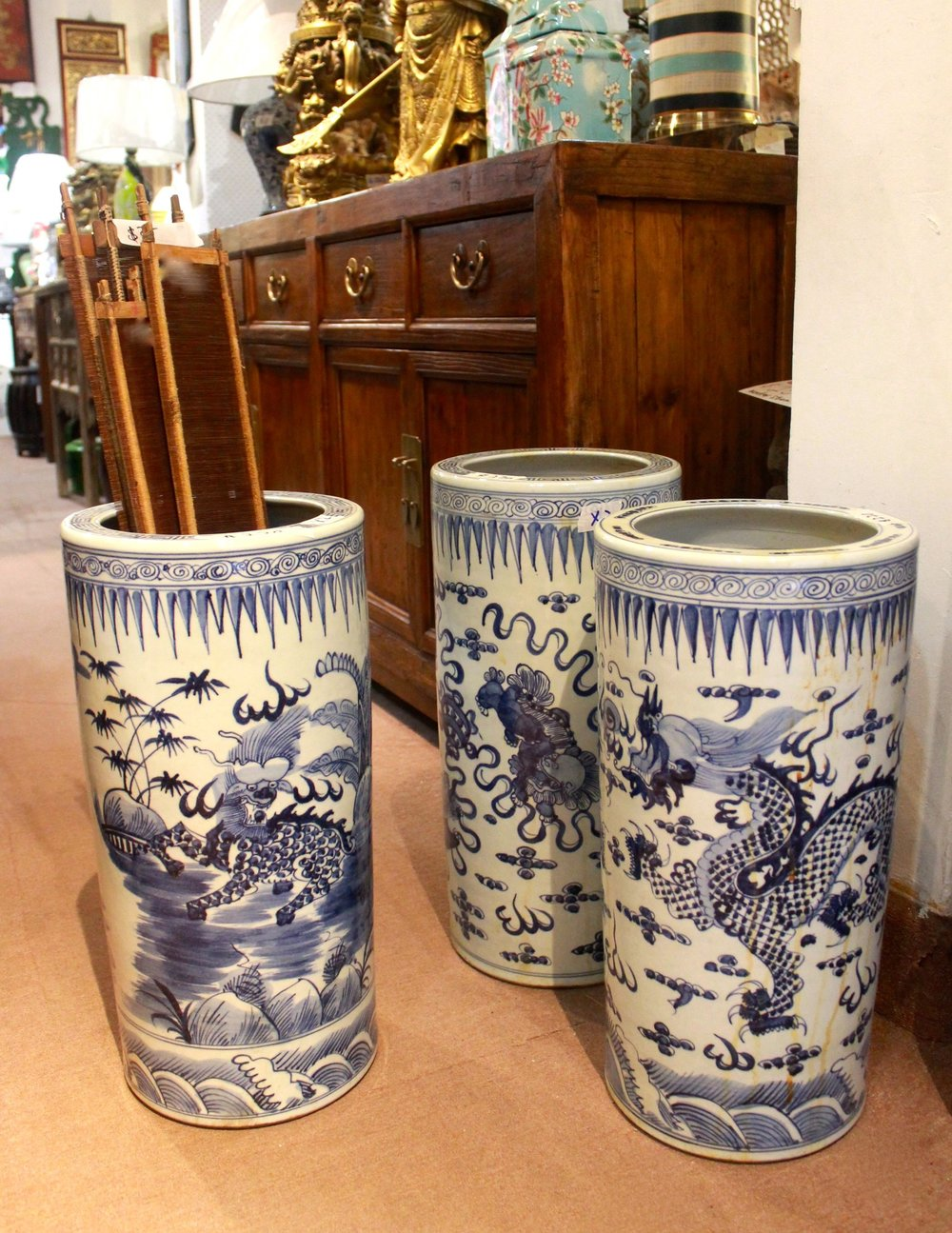 Porcelain umbrella stands