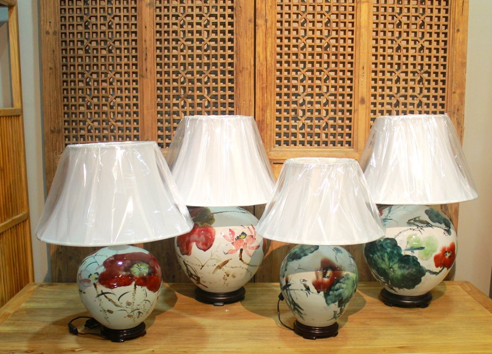 Porcelain table lamps with painting of lotus