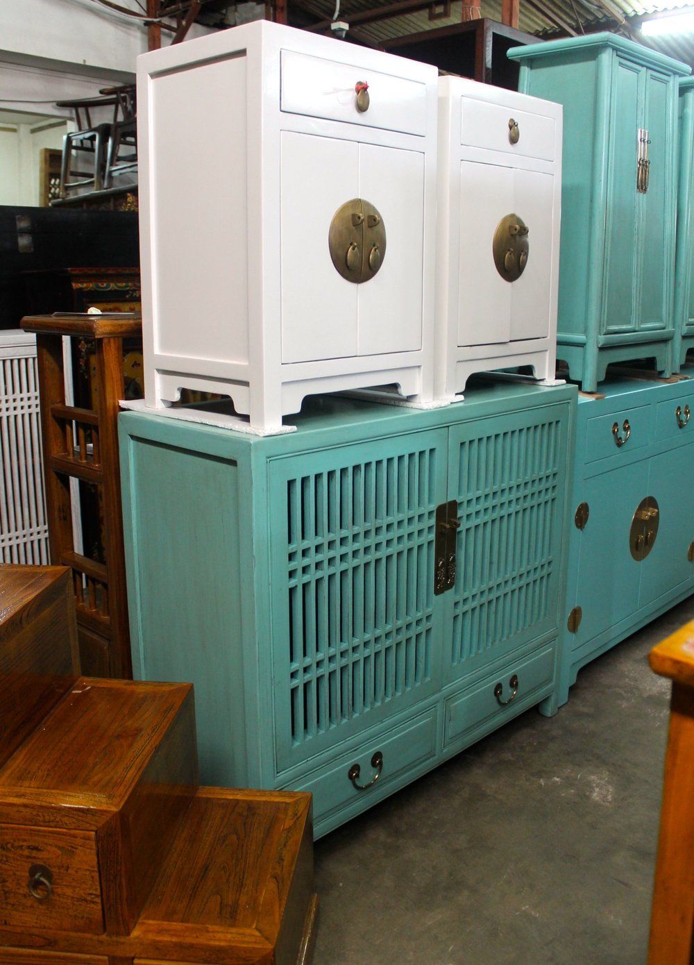 6305 Blue kitchen cabinet.jpg