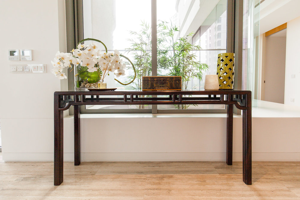 Jichimu console table, living room. Styling & photo courtesy of Arete Culture.