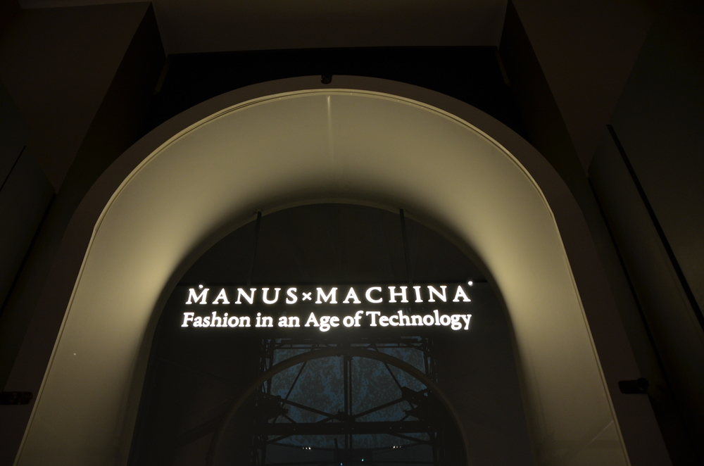 MANUS x MACHINA
