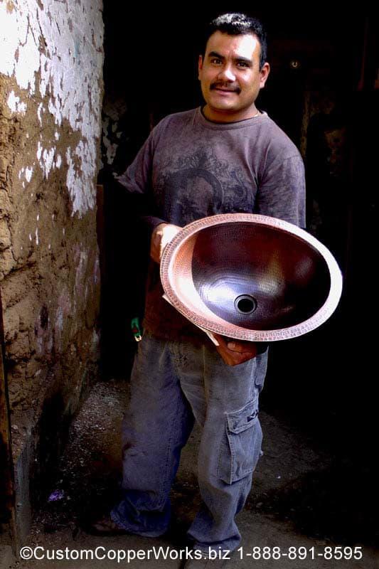 29e-hammered-mexican-copper-double-slipper-bath-tub.jpg